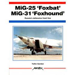 Aerofax: MiG-25 'Foxbat'...