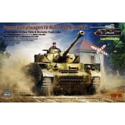 Pz.Kpfw.IV Ausf. J Last...